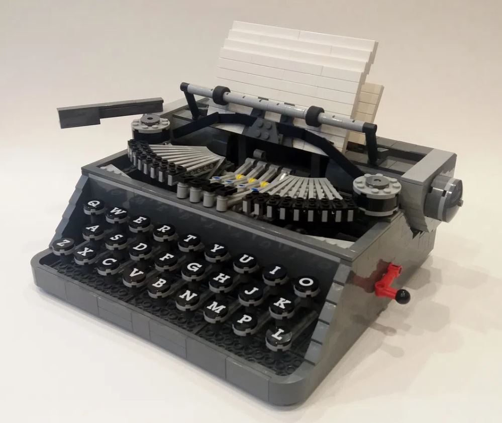 IDEAS - Maszyna do pisania