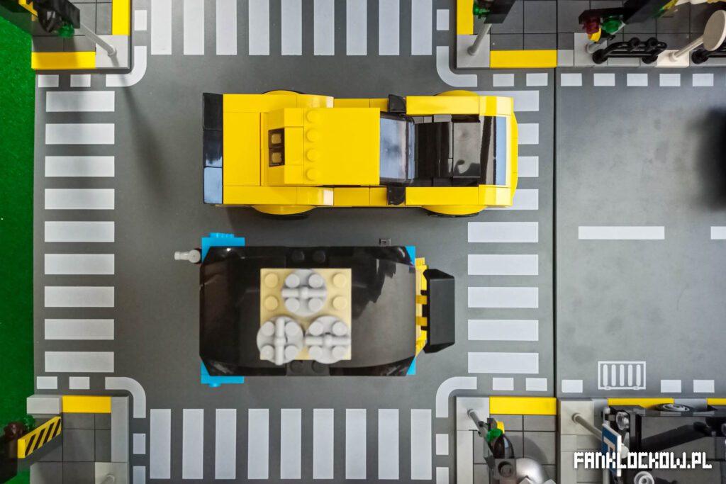LEGO® 40469 - porównanie długości z autem ze Speed Champions