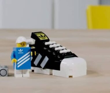 lego-10282-adidas-originals-superstar-gwp